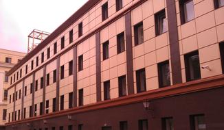 вентфасад на административном здании